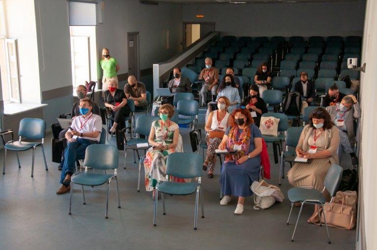 Saint Petersburg University opens 60th forum on new digital ethics and journalism education